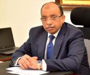 وزير التنمية المحلية: كمامات طبية للعاملين فى النظافة بالمحافظات مجانا