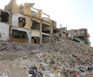 بعد هدم 43 عقار بمنطقة الخطورة.. القاهرة تبدأ نقل 370 أسرة من الدويقة للأسمرات 3