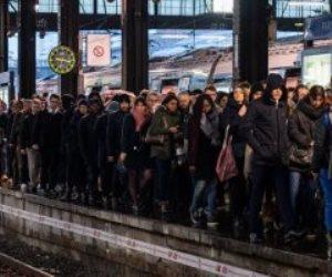 فرنسا.. أزمة الإضراب تدخل يومها السادس و«نقابات الشرطة» تهدد بالتصعيد