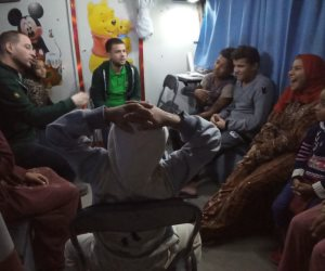 فريق «أطفال بلا مأوى» ينقذ 3 أطفال من الشارع بالفيوم.. ويعدهم إلى ذويهم