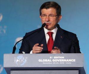 أوغلو يقدم رسميًا طلب تأسيس حزبه الجديد.. ويؤكد: أردوغان تسبب في انهيار الديمقراطية