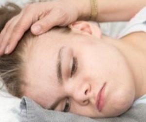 أبحاث تكشف مفاجأة.. معاملة الأطفال السيئة تضعهم بين مطرقة «القاتل الصامت» وسندان «صديق الإنسان»