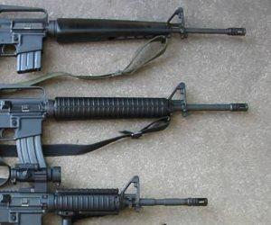 خلال عاصفة رملية.. تفاصيل سرقة أكثر من 30 بندقية من الجيش الإسرائيلي