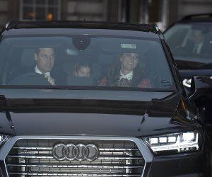 شاهد.. الأمير ويليام يقود السيارة بعائلته (صور)