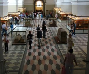 """""""متحف الارميتاج""""... احتفالية روسية ببصمة مصرية"""