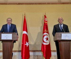 قيس سعيد وجها للنهضة الإخوانية.. زيارة أردوغان لتونس مرفوضة شعبيا وحزبيا