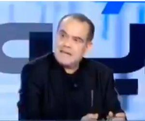 صحفي تونسي يثأر لشعبه من إهانات أردوغان: أجدادك العثمانيون هم من علمونا التدخين (فيديو)