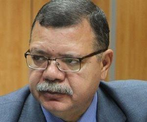 الرجل الخارق بسلامته.. لماذا لا يستريح حمدي عبد العزيز رجل كل العصور في البترول؟