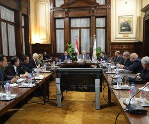 تفاصيل أول اجتماع لوزير الزراعة مع قيادات هيئة التعمير