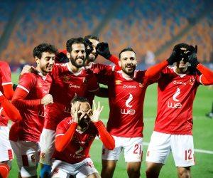 قبل مواجهة الزمالك بالسوبر.. الأهلي يصطحب 24 لاعبا في رحلة الإمارات