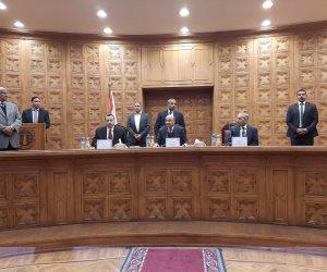 1102 موظف تم نقلهم بالشهر العقاري يؤدون اليمين القانونية أمام وزير العدل