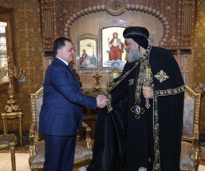 وزير الداخلية يزور الكاتدرائية ويهنئ البابا تواضروس بأعياد الميلاد المجيد (صور)