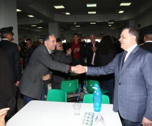 وزير الداخلية يزور طلبة أكاديمية الشرطة الجدد ويلتقي أبناء الشهداء (صور)