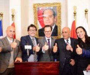 السفير الفرنسي يكرم مدارس مصر للغات لتميزها التعليمي إقليميًا ودوليًا