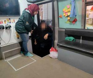 «التضامن»: فريق أطفال وكبار بلا مأوى ينقذ مسنة بالقاهرة وينقلها لدار رعاية اجتماعية
