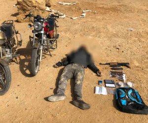 مصرع عنصر إجرامي شديد الخطورة في تبادل لإطلاق النار مع قوات الأمن بطريق السخنة