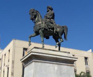تاريخ حافل من الذكريات.. الإسكندرية تبدأ خطوات إنقاذ تمثال «محمد علي» (صور)