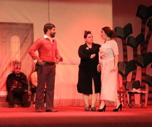 «مودة» يقدم عرضا مسرحيا ضمن فعاليات المسرح الكبير بمعرض الكتاب