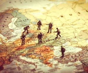 العالم مهدد بعدم الاستقرار.. جنرال أمريكي يكشف التفاصيل