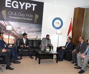 تفاصيل لقاء وزير البترول بمدير مشروعات أرامكو.. التقى رئيس انيرجين اليونانية أيضًا