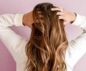 ازاي تقوي شعرك لو خفيف.. تعرفي على أهم الوصفات الطبيعية