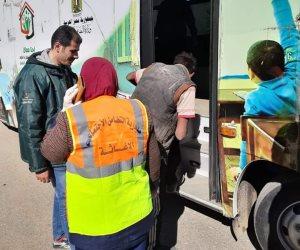 أطفال بلا مأوى بالسويس ينقذ 6 مسنين وينقلهم لدار رعاية