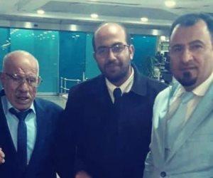 انقطعت أخباره منذ 34 عاما.. شاهد فرحة المصري العائد من العراق فور وصوله مطار القاهرة