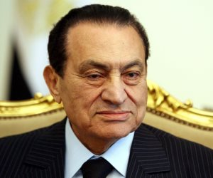 كتبهما طبيب الصحة في تصريح الدفن.. تعرف على مرضان تسببا في وفاة «مبارك»