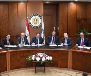 تفاصيل نجاح وزارة البترول في تسوية أكبر قضية تحكيم دولي بقطاع الغاز