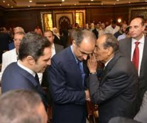بعد غيابه عن الجنازة.. المشير طنطاوي ينعى مبارك على صفحات الجرائد (صورة)