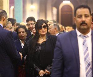 فيفي عبده وأحمد عدوية ومحمد فؤاد وهاني شاكر يشاركون في عزاء مبارك (صور)