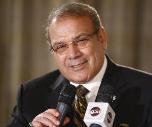 حسن راتب يشكر محمد الباز.. ويؤكد: برنامج 90 دقيقة سيظل منبرًا تنويريًا وثقافيًا