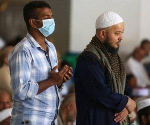آخر تطورات كورونا.. دول العالم تعلق الصلاة بالمساجد