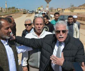 محافظ جنوب سيناء يتابع إزالة آثار السيول في «أبوزنيمة وأبورديس» (صور)