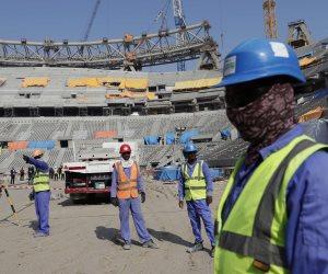 مع تحذيرات من انتشار كورونا.. انتهاكات الدوحة ضد العمال أمام المجتمع الدولي