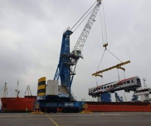 خلال أيام.. العربات الروسية الجديدة تصل هيئة السكة الحديد (صور)