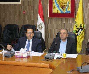 رئيس الوزراء يطمئن على أوضاع شمال سيناء عبر اتصال مع المحافظ (صور)