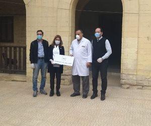 """""""مؤسسة أهل مصر للتنمية"""" تتكفل بـ5 غرف عناية مركزة و30 جهازا للتنفس الاصطناعي بمستشفيات العزل والحجر الصحي"""