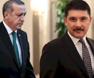 """وزير خارجية الظل.. من هو """"صبي أردوغان"""" صاحب تسريبات الفوضى في مصر؟"""