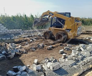 محافظة الإسماعيلية تنفذ حملات لإزالة التعديات على أملاك الدولة ومخالفات البناء (صور)