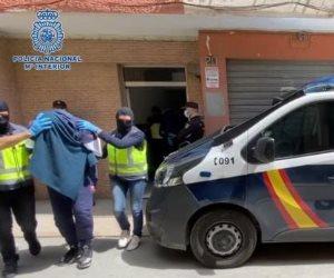 اعتقال جزار داعش في إسبانيا قبل تنفيذ عمليات بكتالونيا.. ومحاكمة عاجلة ضده