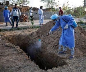 الدفن في زمن الكورونا.. من خطف الجثث إلى أقامة سرادقات عزاء تنشر العدوى