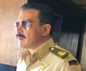 محمد رجب ينشر صورة جديدة من كواليس مشاهدة فى مسلسل الاختيار