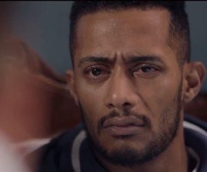 """مسلسل البرنس الحلقة 10.. """"هدفنكوا بهدومكوا"""" محمد رمضان يهدد إخواته"""