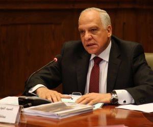 محافظ الجيزة: إطلاق خط ساخن للرد على استفسارات المواطنين حول كورونا