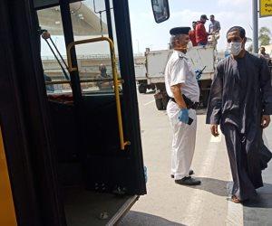 محافظ الجيزة: استقبال 515 مصريا عالقا بدولة الكويت وتسكينهم بالمدن الجامعية (صور)