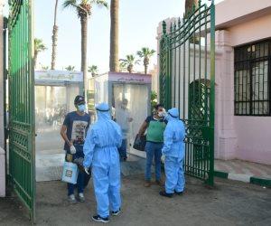 جامعة القاهرة تواصل استقبال أفواج المصريين العائدين من الخارج لقضاء العزل (صور)