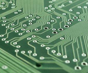 الشريحة الإلكترونية.. صراع صيني أمريكي جديد للهيمنة على التكنولوجيا