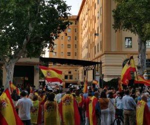 رئيس حكومة إسبانيا يتحدث عن الـ 100 يوم المتبقية للحصانة الجماعية من كورونا