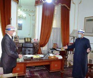 «حي على الصلاة»..  وزير الأوقاف يكشف خطة ترتيب صفوف المصلين قبل فتح المساجد
